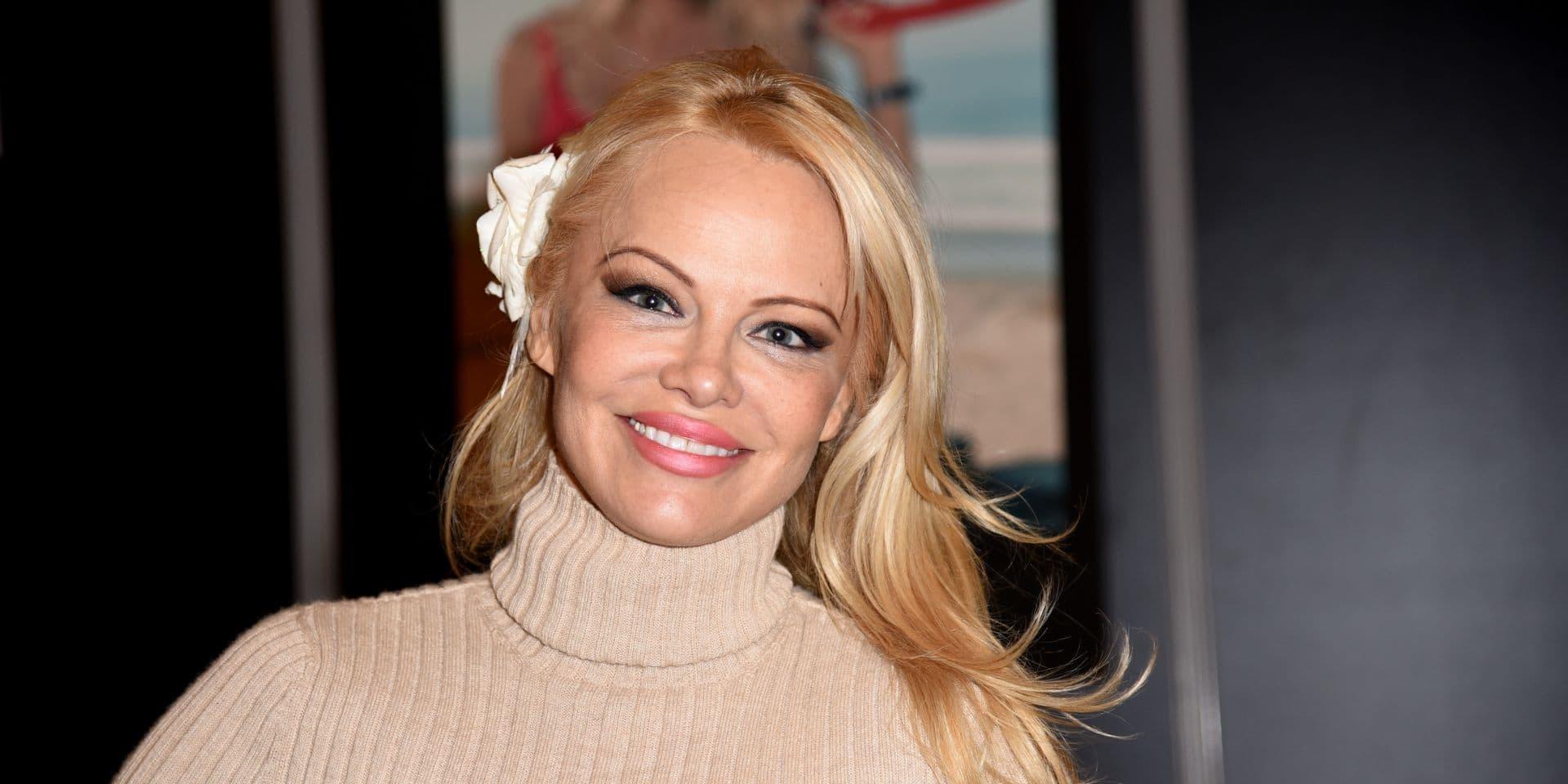 """Pamela Anderson revient sur sa rupture avec Adil Rami: """"Je ne peux pas le blâmer pour tout. Je dois me remettre en question"""""""