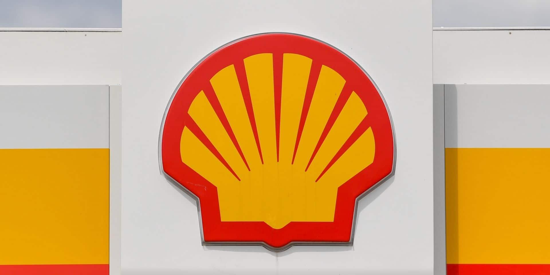 Shell veut supprimer 7.000 à 9.000 emplois face à la chute de la demande d'or noir