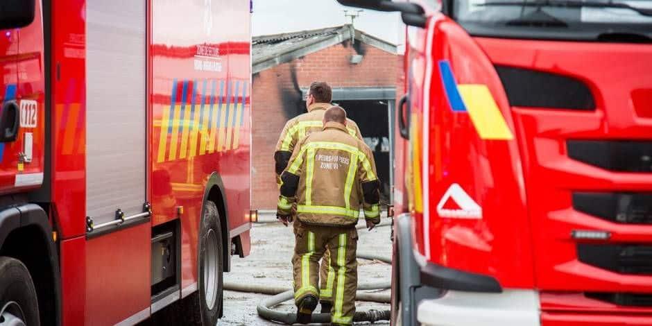 Froidthier : Un garage totalement détruit par les flammes