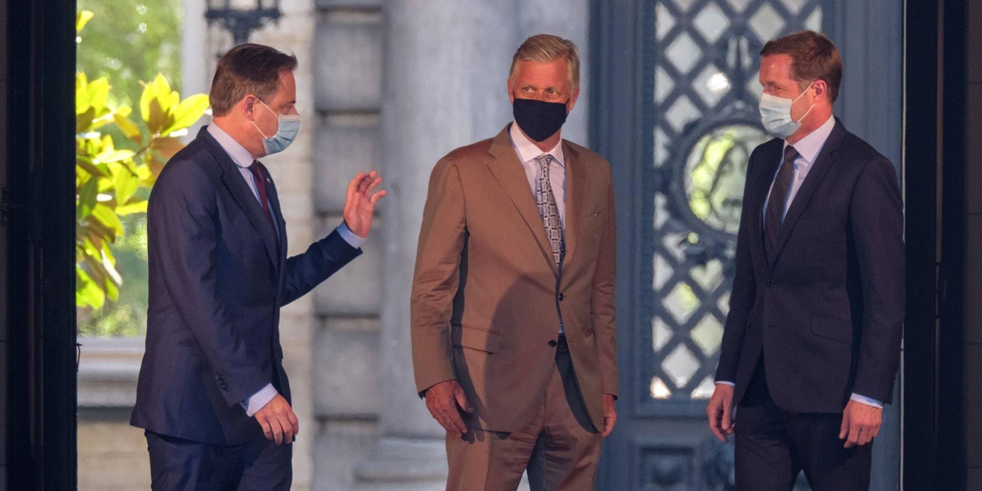 """""""Une mauvaise idée"""", """"On fuirait les responsabilités""""... Les potentiels plans de De Wever et Magnette déjà critiqués"""
