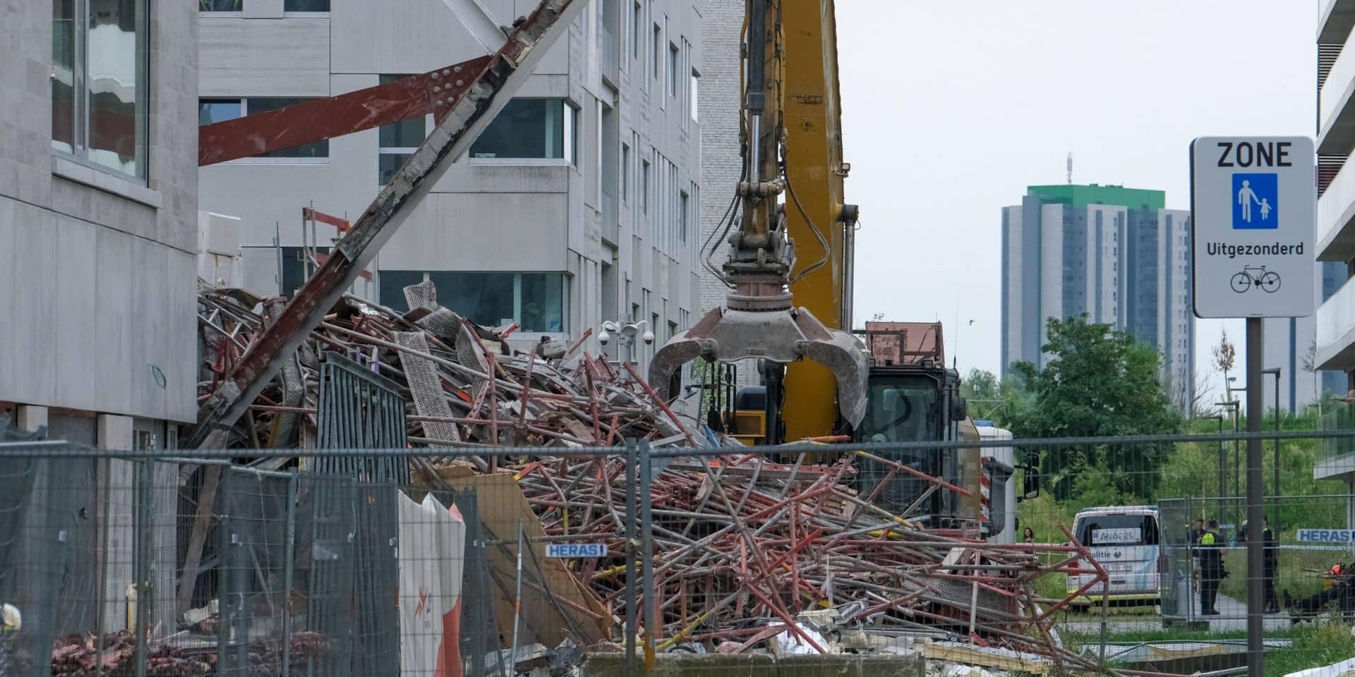 """Effondrement d'un bâtiment à Anvers : le corps d'une cinquième victime sorti des décombres, """"une enquête minutieuse va s'ouvrir"""""""