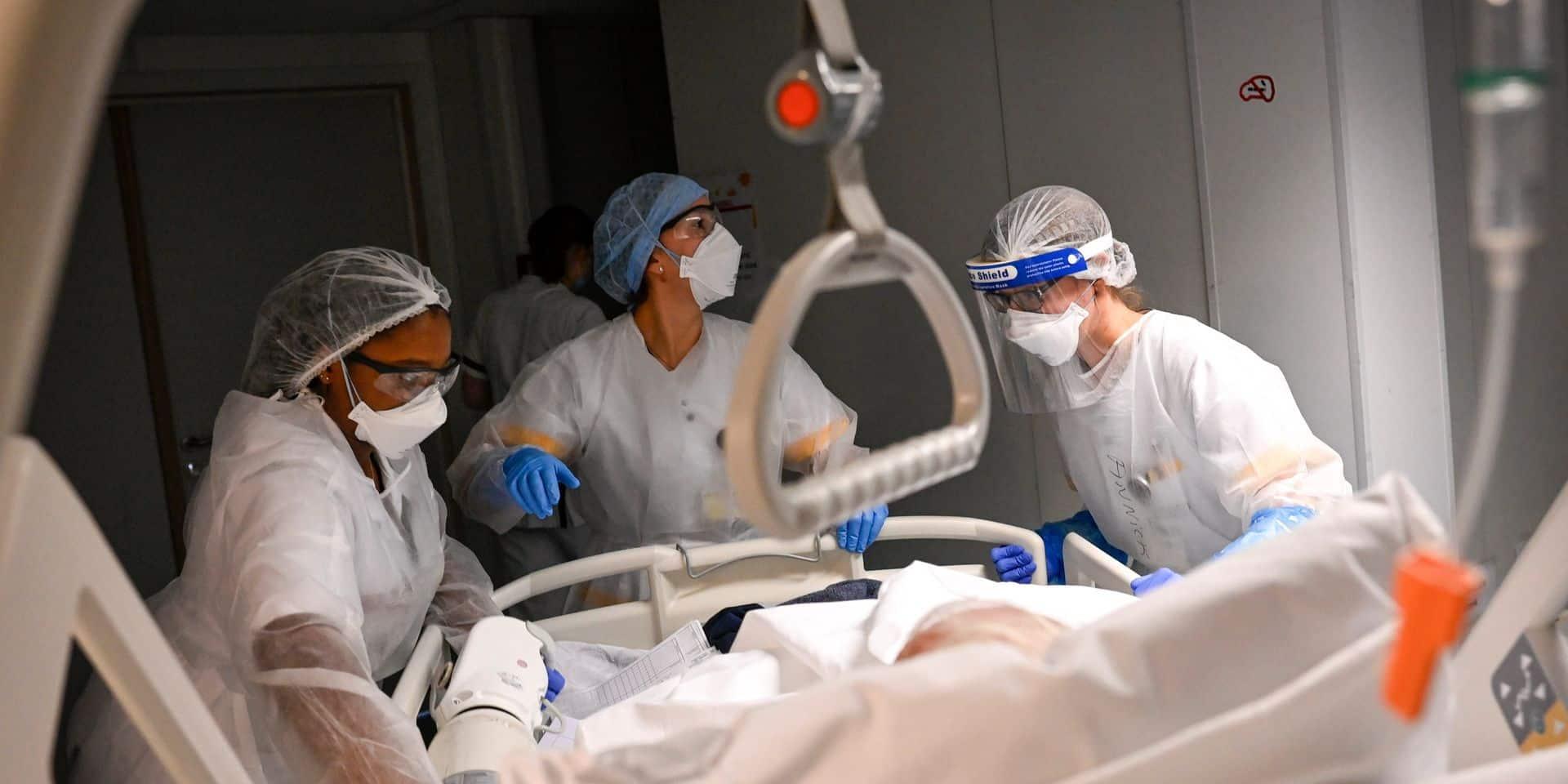 Coronavirus : le nombre d'admissions à l'hôpital en baisse, le taux de reproduction également