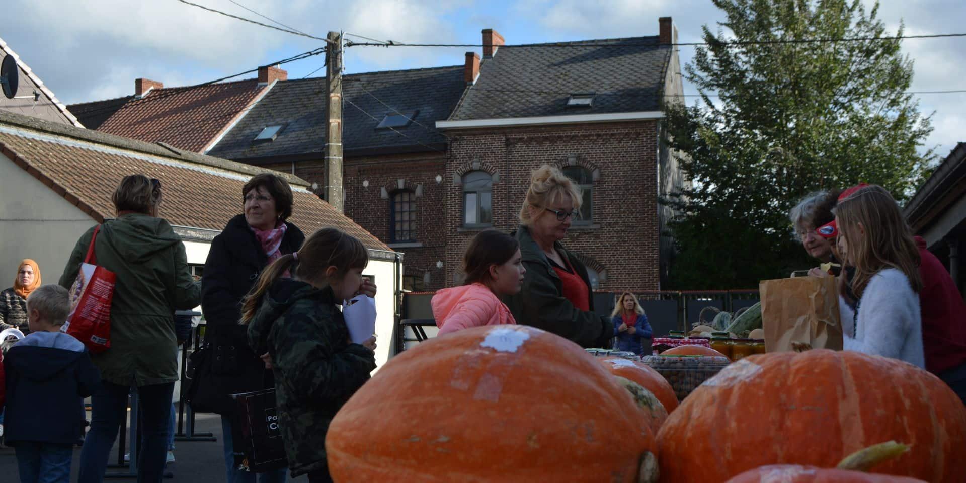 Des légumes ou la vie ! Pour Halloween, une école d'Havré organise... un marché bio