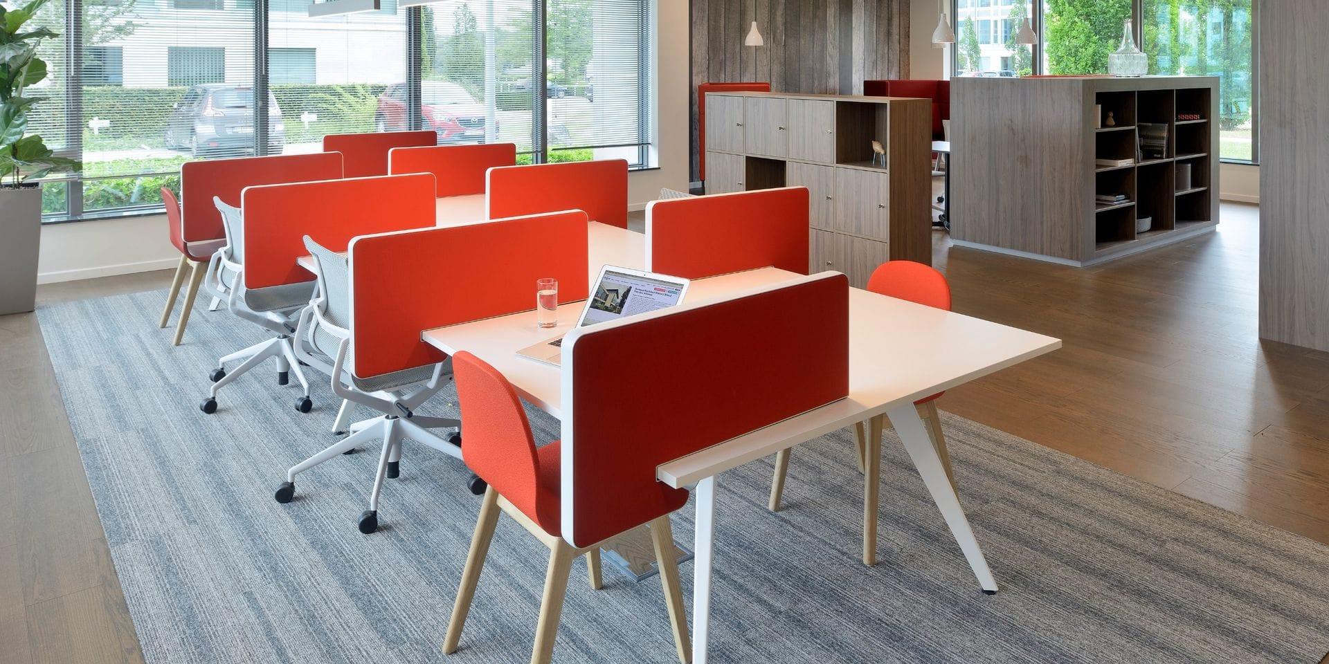 Les espaces de coworking de Regus à Braine-l'Alleud et Waterloo mis à disposition des étudiants