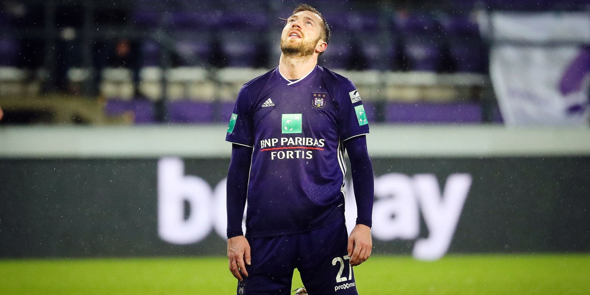 Anderlecht's Peter Zulj looks dejected during the soccer match between RSC Anderlecht and Zulte-Waregem, Sunday 10 February 2019 in Brussels, on the 25th day of the 'Jupiler Pro League' Belgian soccer championship season 2018-2019. BELGA PHOTO VIRGINIE LEFOUR
