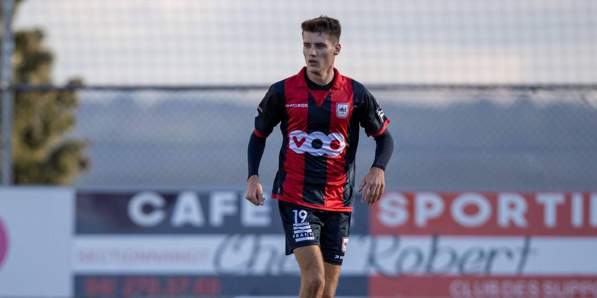 Jordan Bustin prolonge au RFC Liège, où trois jeunes intègrent le noyau A
