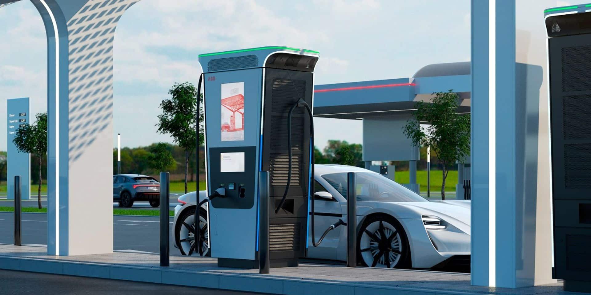Cette borne peut charger complètement toute voiture électrique en 15 minutes