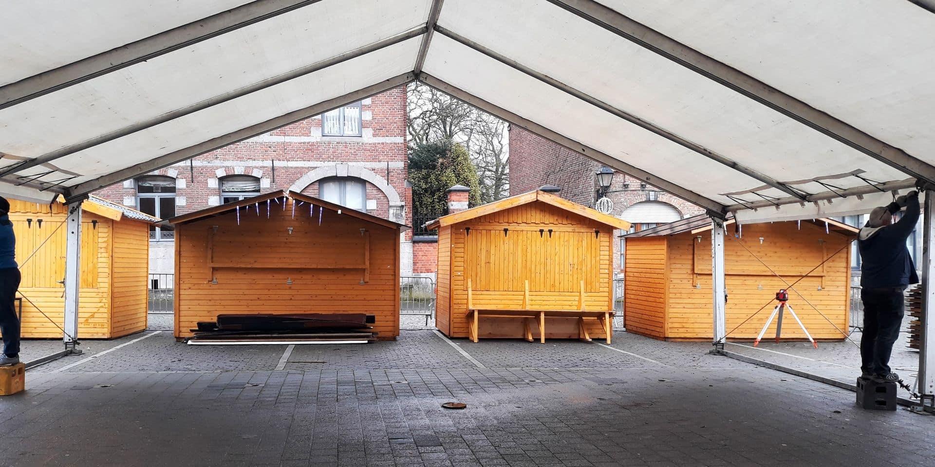 Le Roeulx: le marché de Noël s'équipe contre les intempéries
