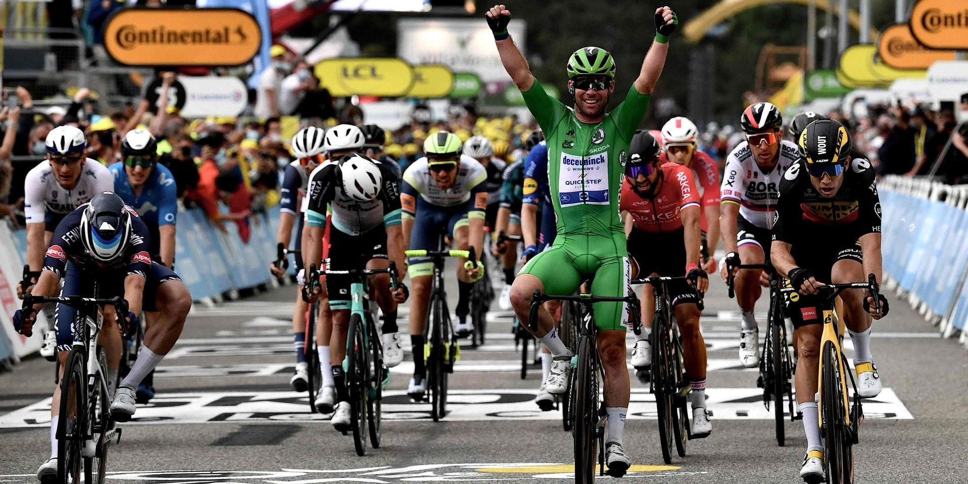 Tour de France: Cavendish bat Van Aert et Philipsen au sprint dans la 10e étape