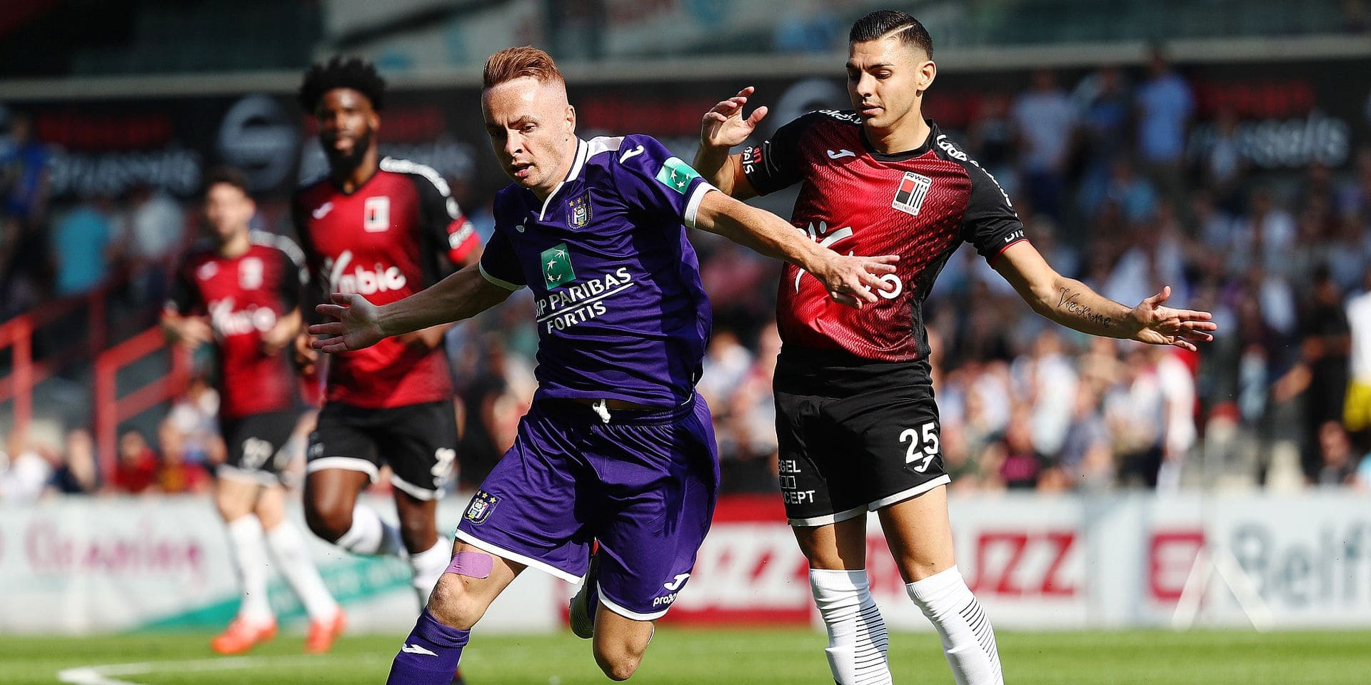 Anderlecht's Adrien Trebel and RWDM's Anthony Bova fight for the ball during a friendly game between RWDM and first league team RSC Anderlecht, Saturday 22 June 2019 in Brussels, in preparation of the upcoming 2019-2020 Jupiler Pro League season. BELGA PHOTO VIRGINIE LEFOUR