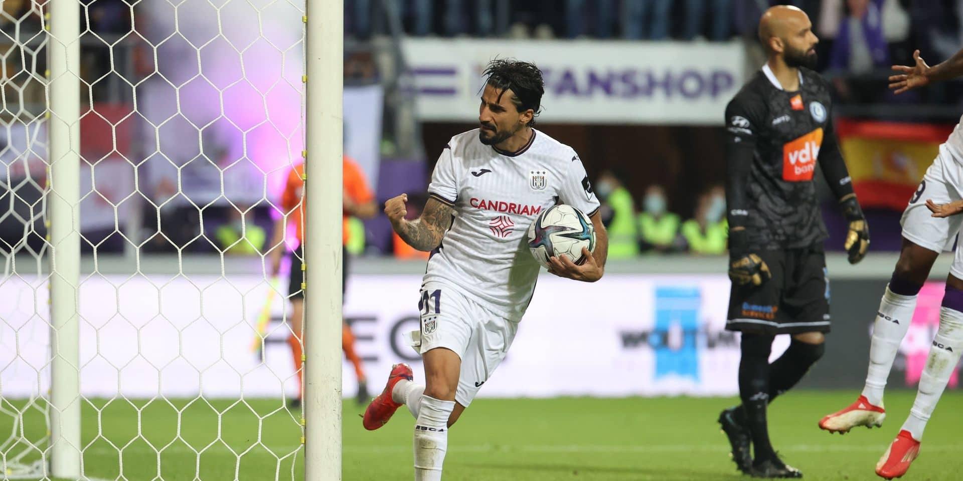 Anderlecht partage face à Gand et intègre le top 4 (1-1)