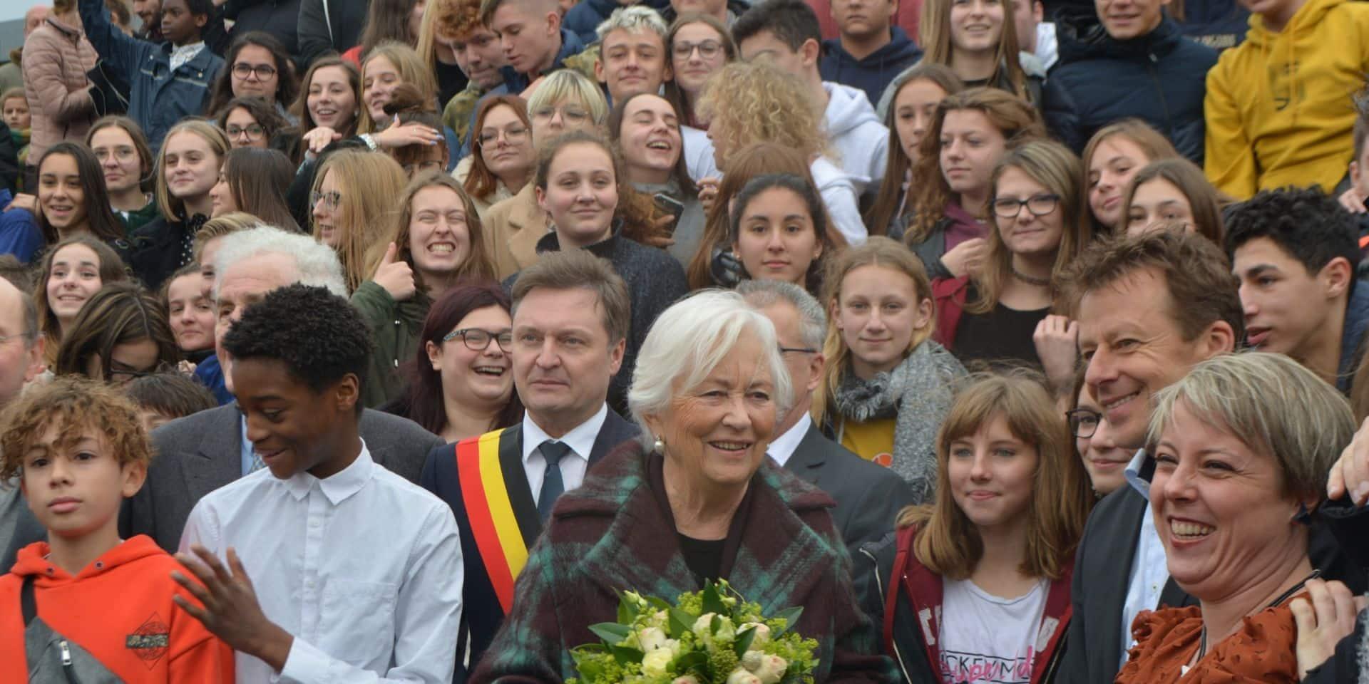 Dour: La reine Paola a visité les classes ateliers de l'institut Sainte-Union