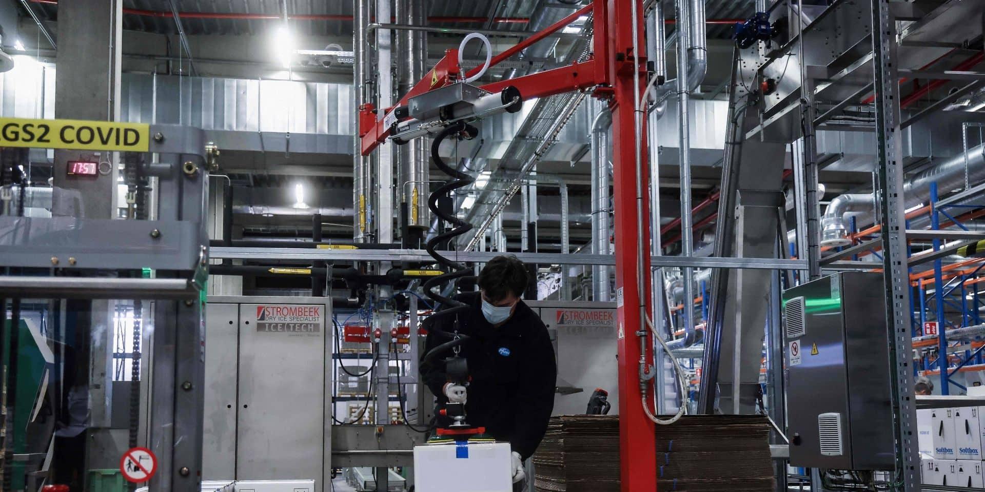 Accord interprofessionnel 2021-2022: les syndicats ont demandé aux travailleurs de Pfizer à Puurs de ne pas débrayer