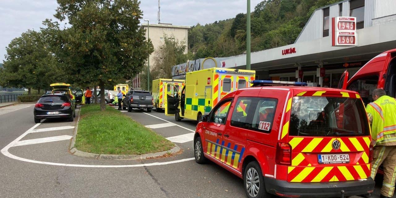 Deux motards blessés grièvement dans un accident à Dinant