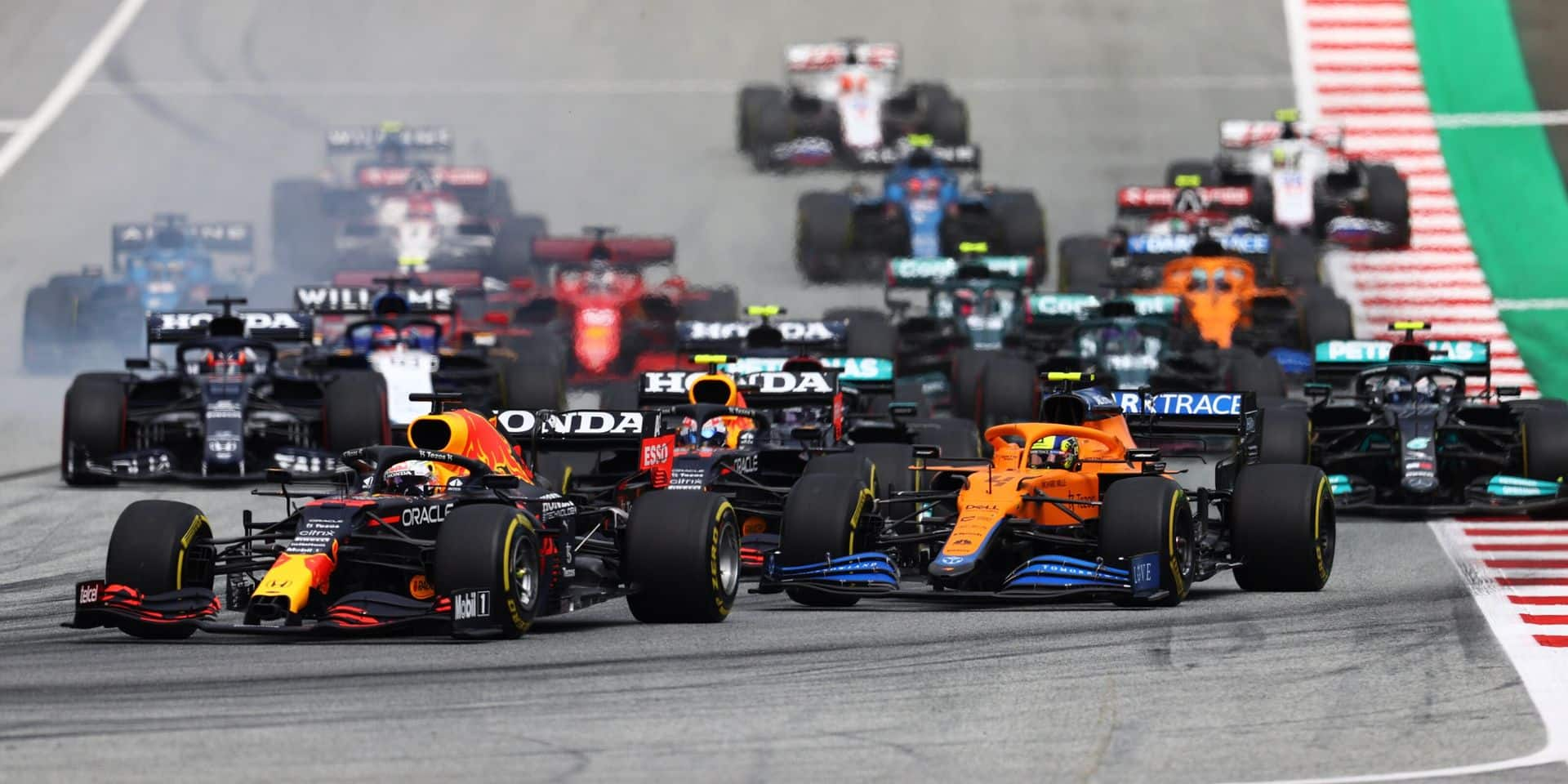Max Verstappen remporte le GP d'Autriche devant Bottas et Norris