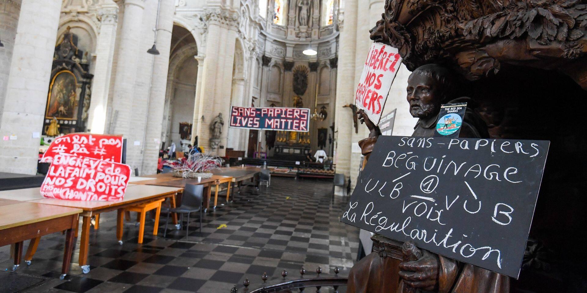 Grève de la faim de sans-papiers à Bruxelles : Médecins du Monde lance un appel urgent aux soignants bénévoles