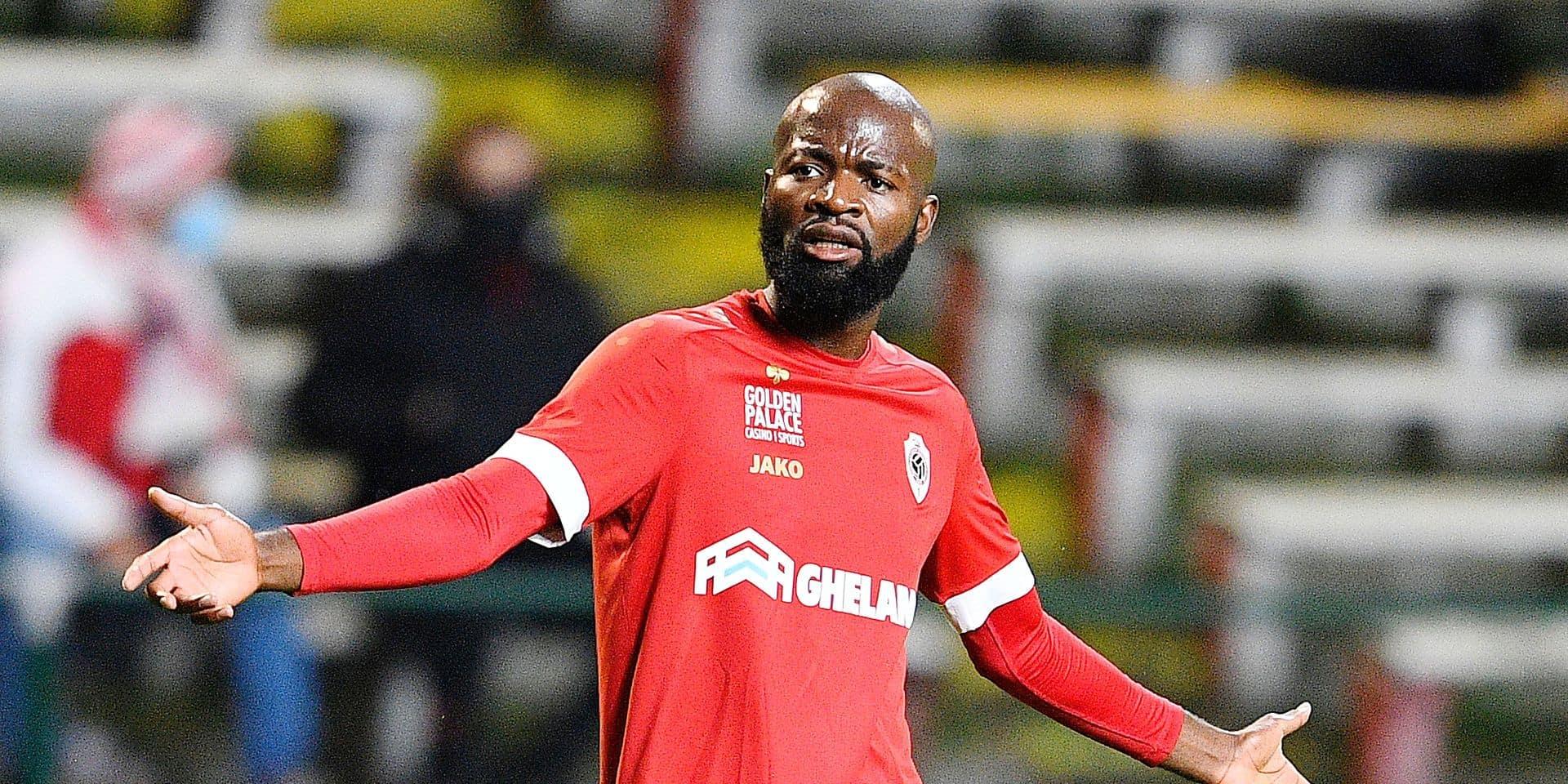 """Des anciens équipiers de Lamkel Zé réagissent à sa mise à l'écart: """"L'Antwerp sera perdant si c'est fini avec Didier"""""""