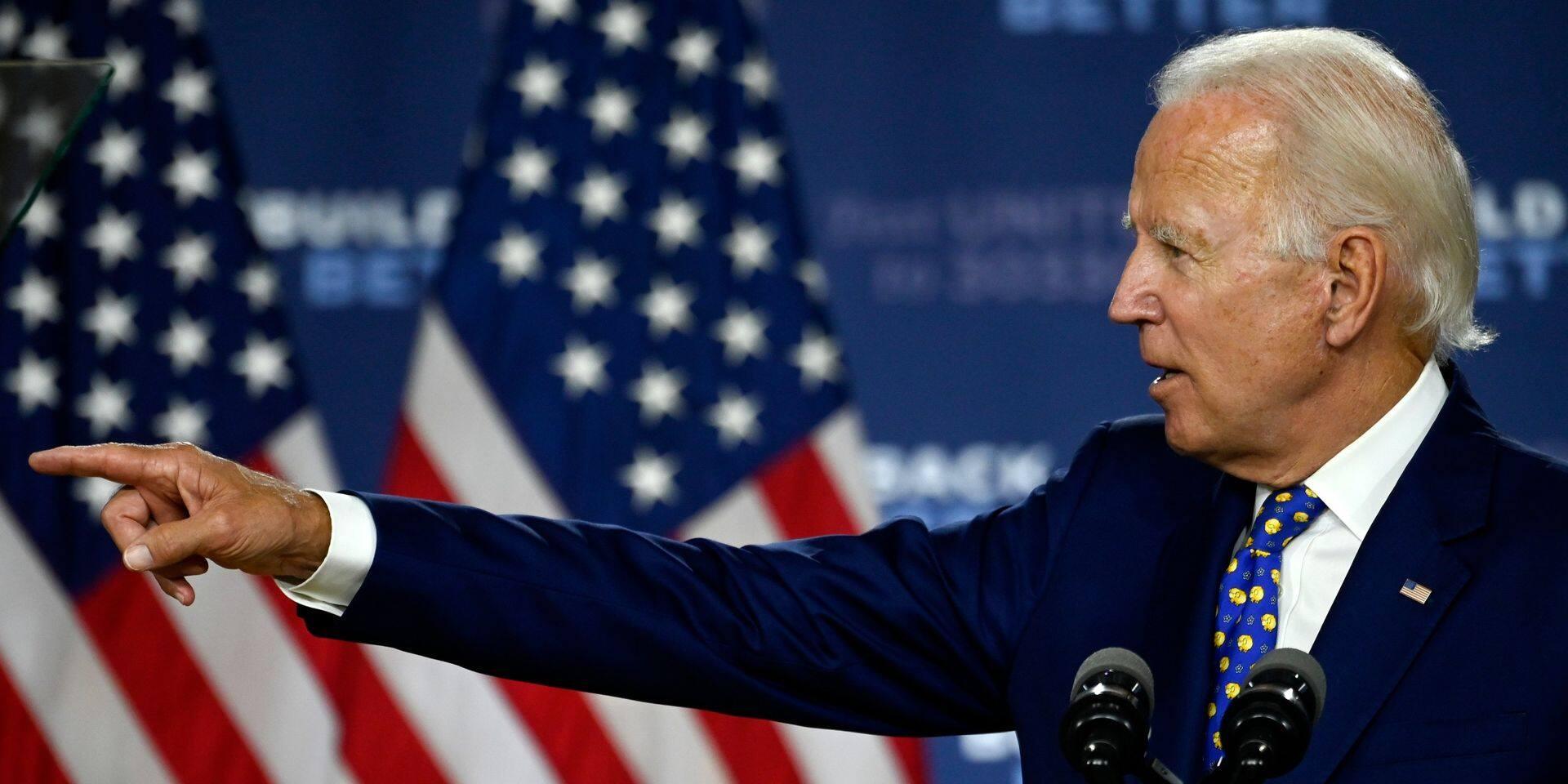 Biden forcé de s'expliquer auprès des Américains noirs, Trump jubile