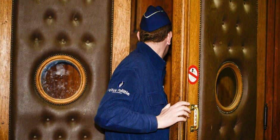 Saint-Nicolas : Il menace son voisin d'une arme et d'un couteau !