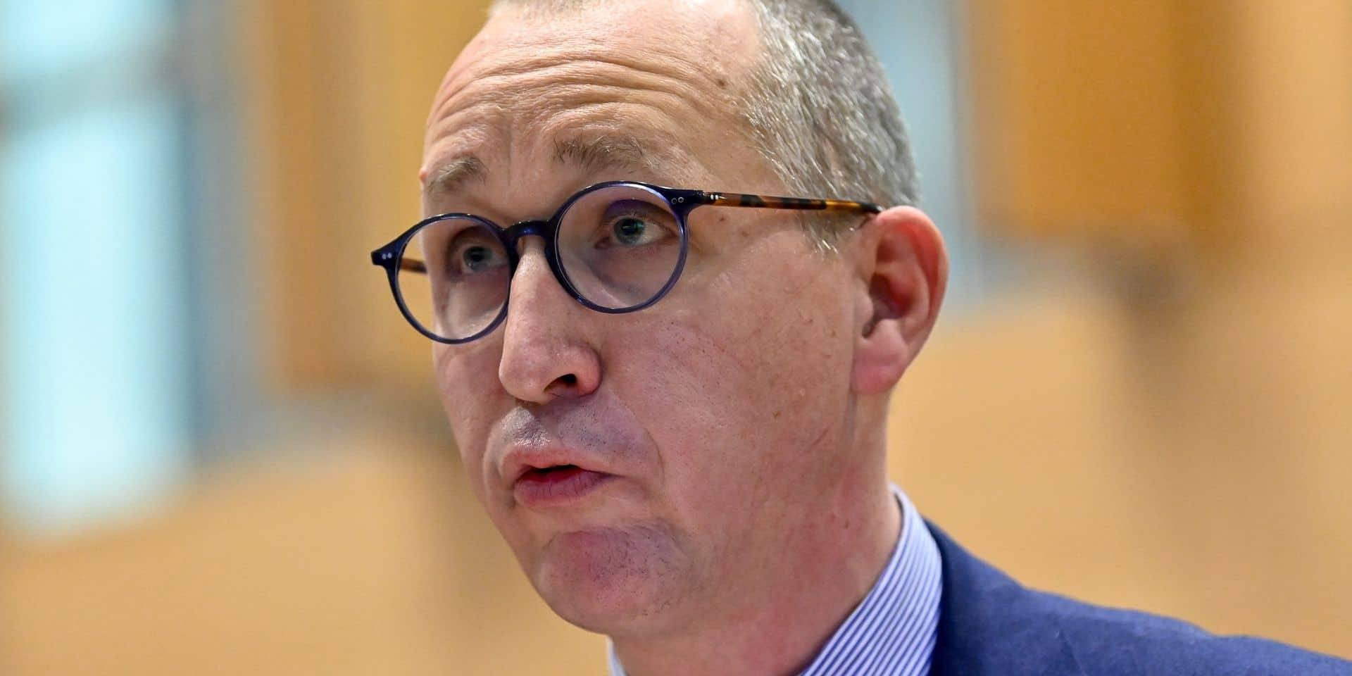 """""""La Belgique est encore plus compliquée qu'une lasagne, c'est un rubik's cube"""": les médecins taclent la gestion de la crise"""