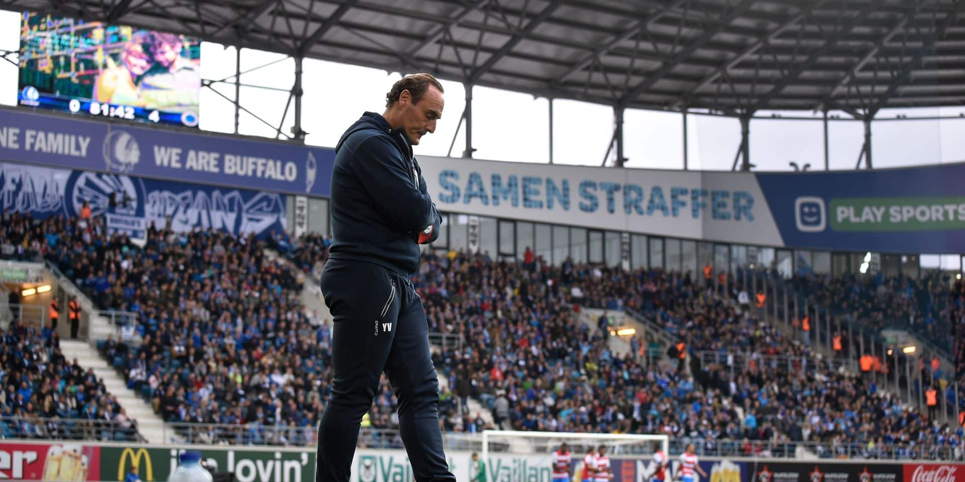 Gent's head coach Yves Vanderhaeghe reacts during a soccer match between KAA Gent and Club Brugge KV, Sunday 23 September 2018 in Gent, on the eighth day of the 'Jupiler Pro League' Belgian soccer championship season 2018-2019. BELGA PHOTO JOHN THYS