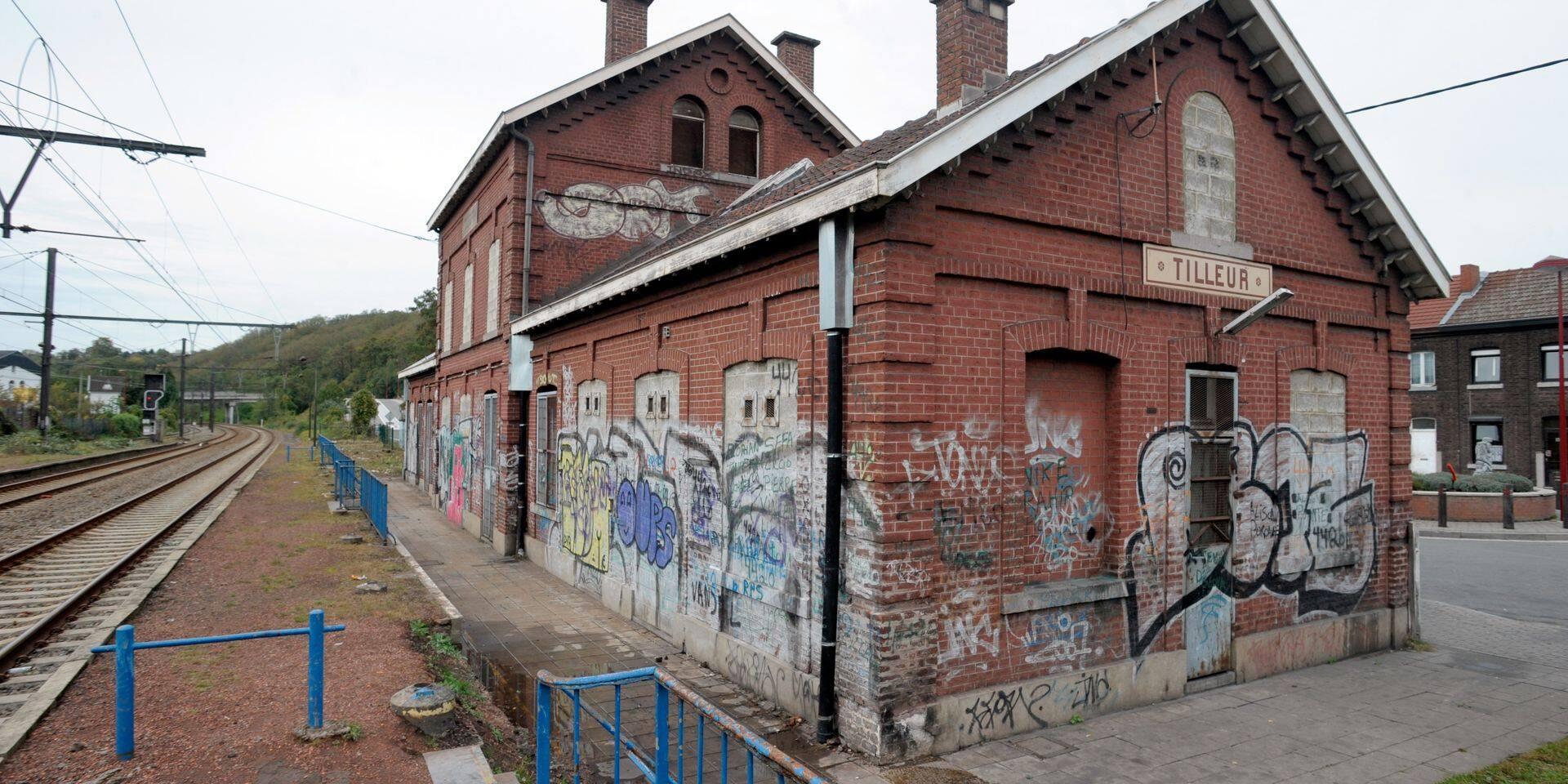 Pas du logement au sein de la gare de Tilleur…