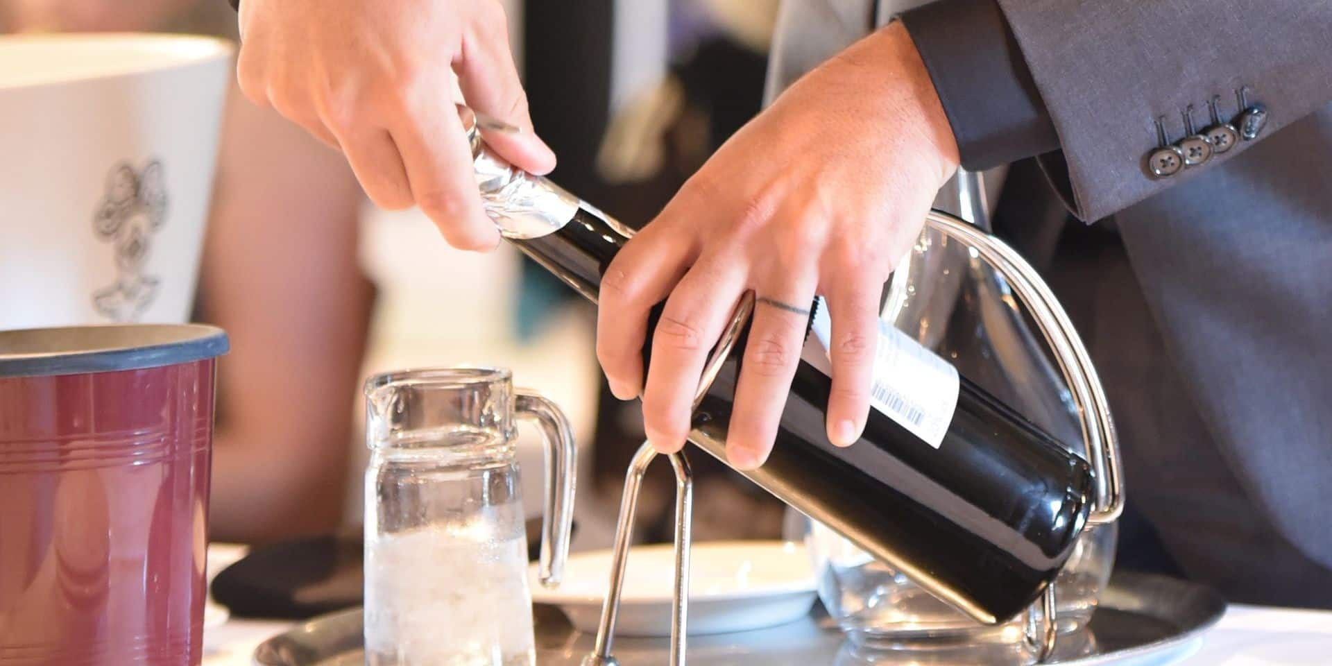 Les secrets inavouables du service du vin