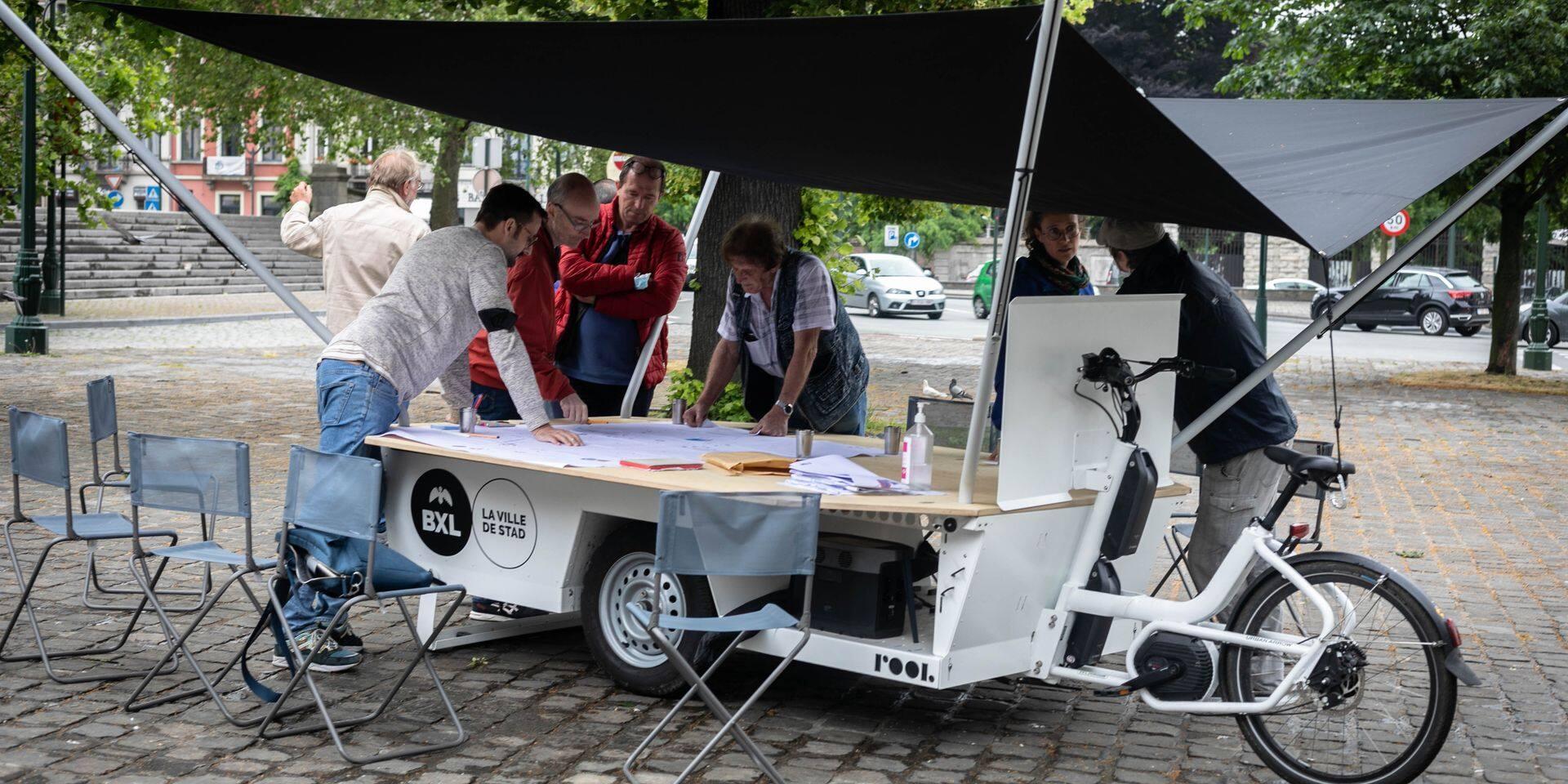 Laeken : Réunion de quartier pour l'aménagement du parvis de Notre-Dame et la rue Léopold 1er, les parkings au centre des débats
