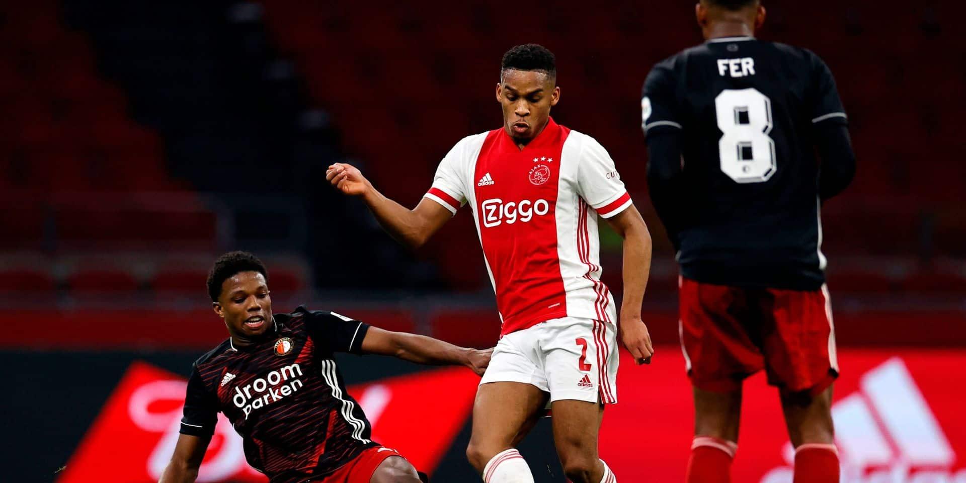 L'Ajax bat Feyenoord et se retrouve seul en tête du championnat