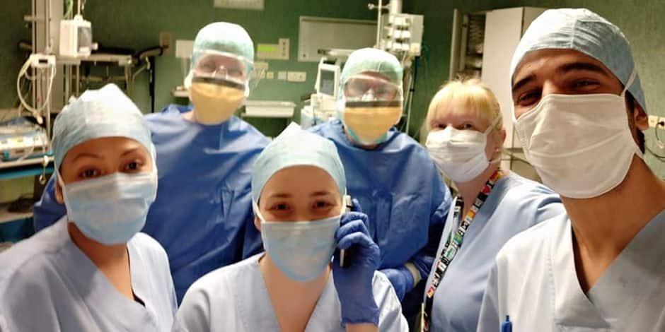 """Le ras-le-bol des infirmières bruxelloises : """"Je suis contente de ne pas commencer ma carrière aujourd'hui"""""""