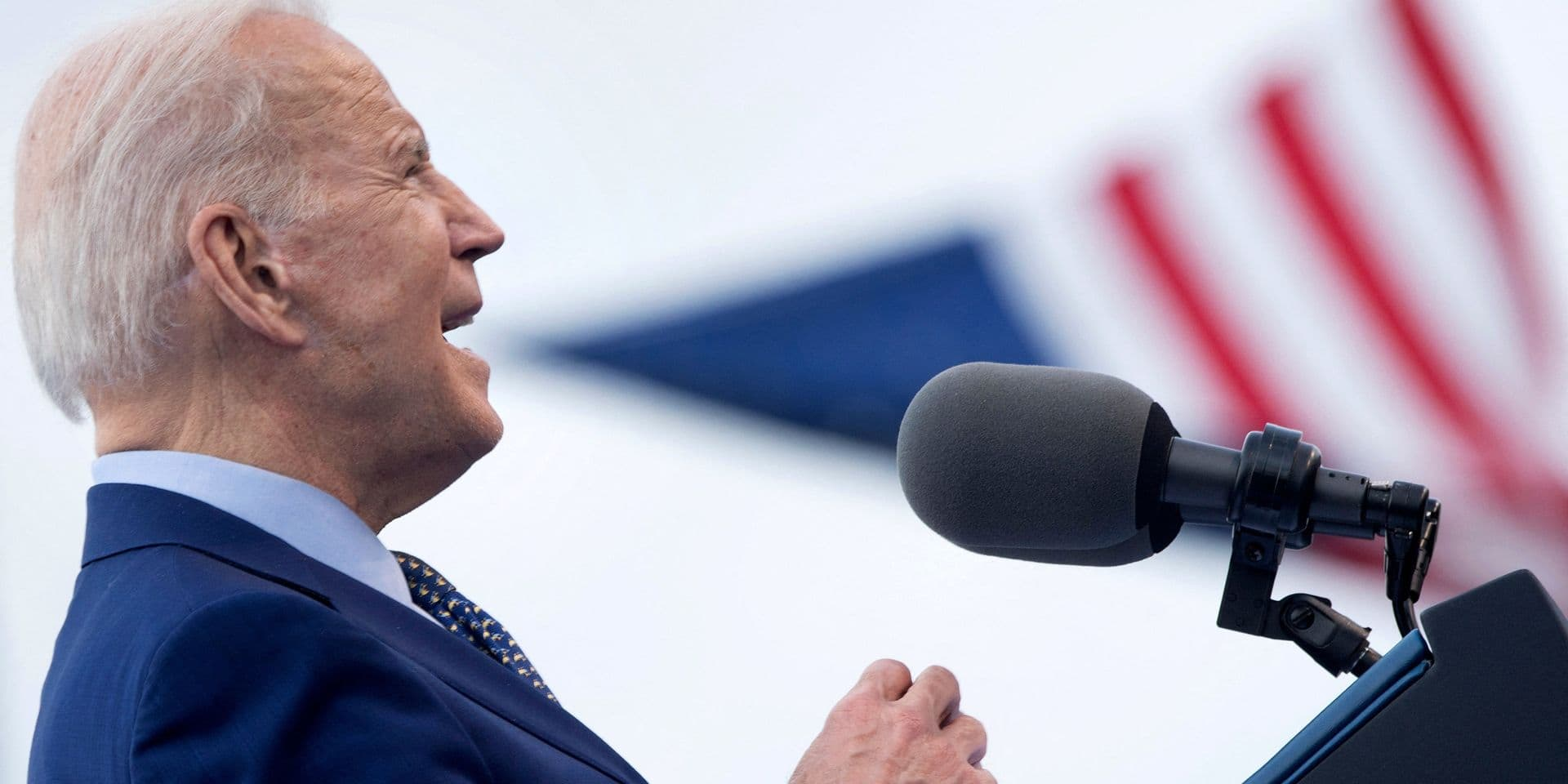 Pour tenter de contrer le variant indien, Joe Biden impose de nouvelles restrictions aux voyageurs venant d'Inde