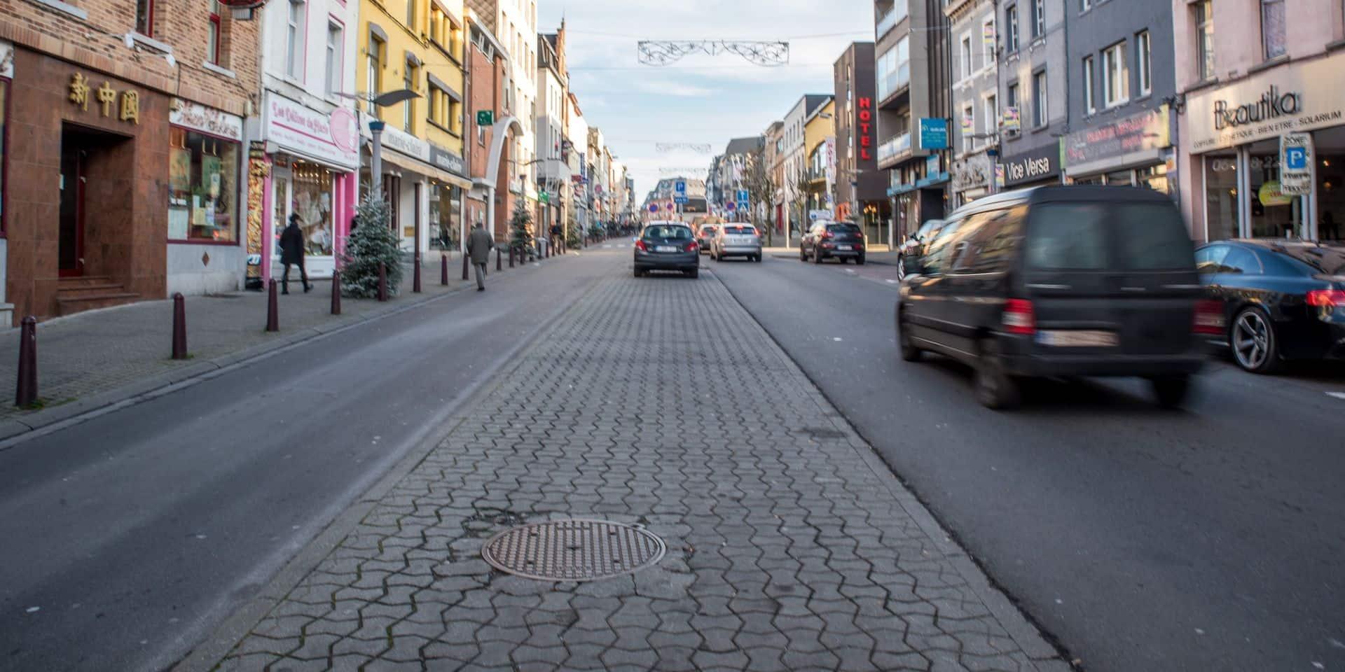 La Louvière: succession de couacs dans la distribution des chèques-citoyens