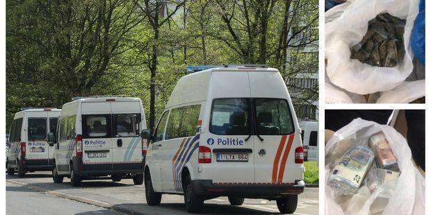 Action de police au Parc du Peterbos à Anderlecht : 15 personnes interpellées, 55.000 € et un kilo de stupéfiants découv...