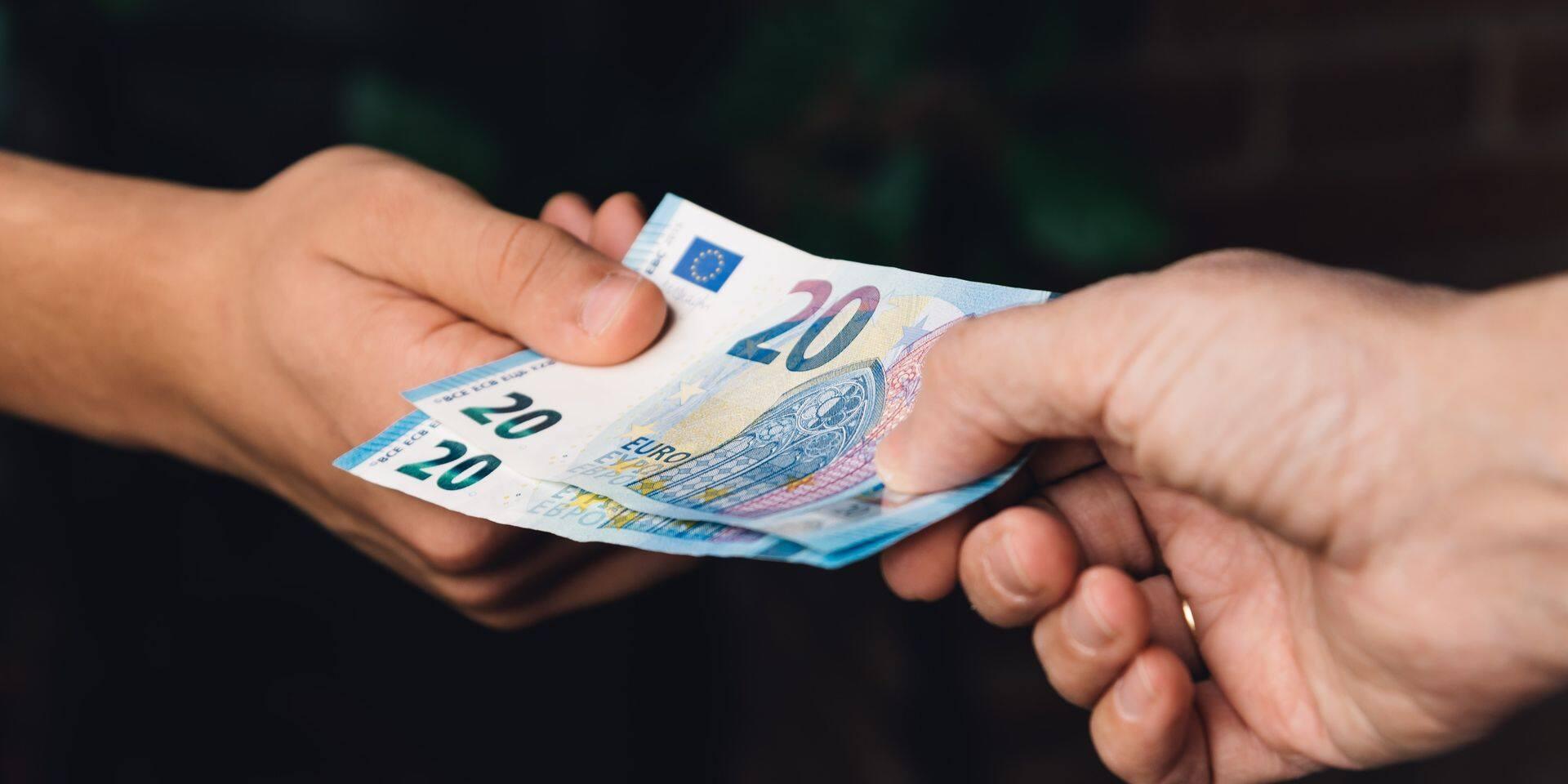 Le paiement en espèces largement délaissé par les Belges