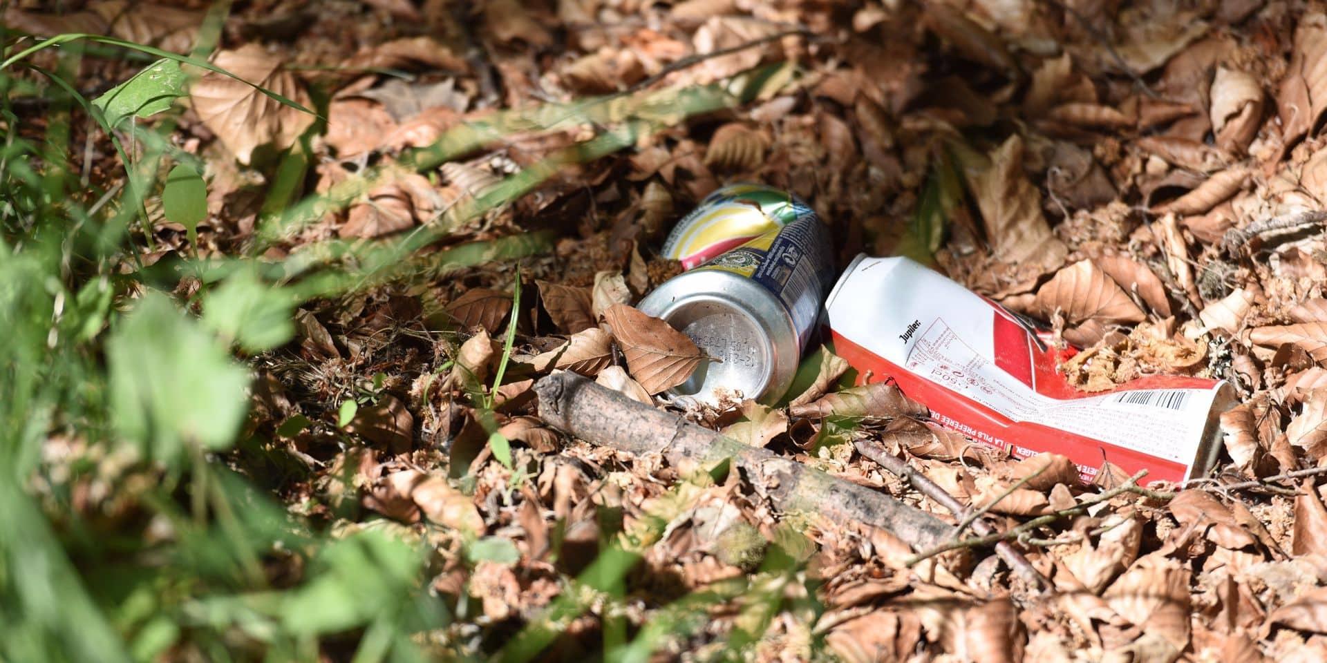 Canettes et bouteilles en plastique consignées : débat au conseil communal du Roeulx