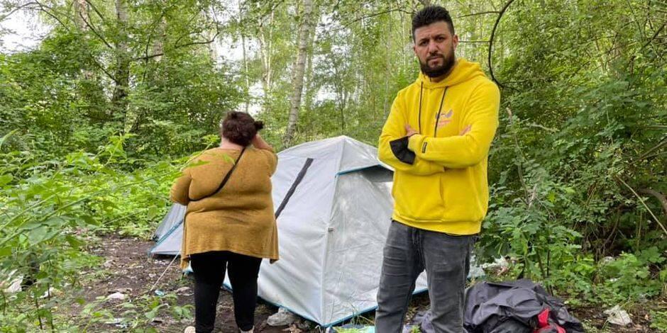Les Anges de Mons viennent en aide à un couple sans abri, le CPAS clarifie la situation