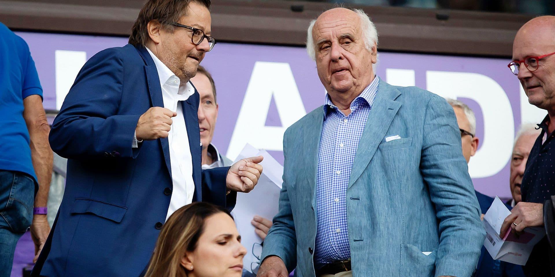 Etienne Davignon (à droite) avec Marc Coucke, l'actionnaire majoritaire du Royal Sporting Club d'Anderlecht.