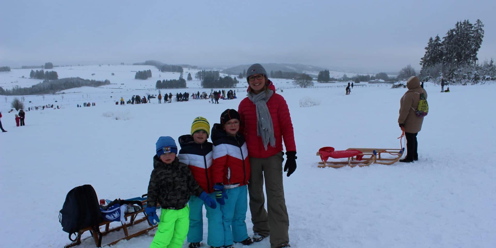 Baraque de Fraiture (Vielsalm) : la neige toujours prise d'assaut !