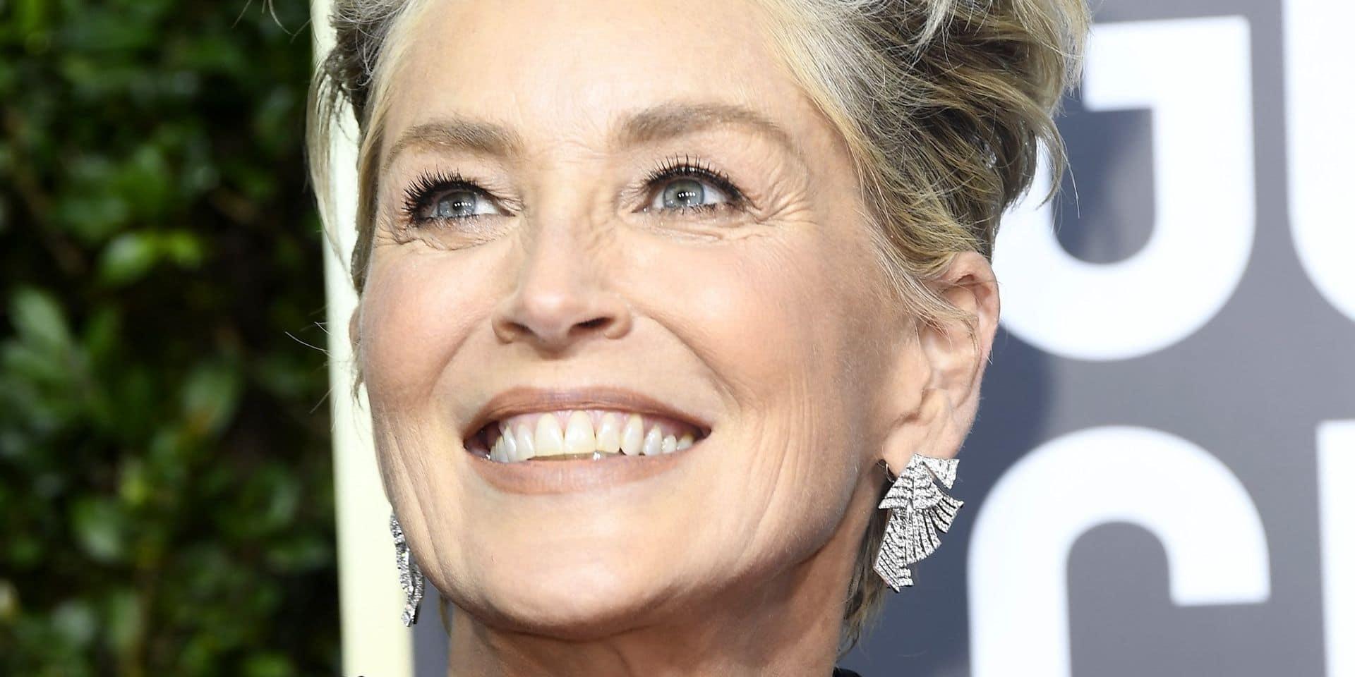 Sharon Stone seins nus et chic en Une de Vogue à 61 ans (PHOTO)