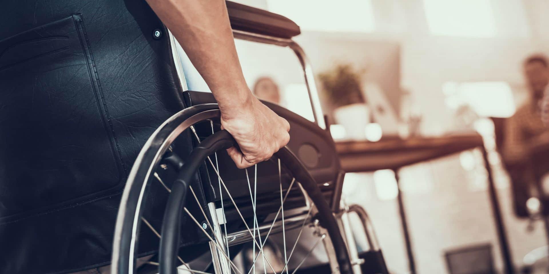 Seules trois communes bruxelloise respectent le seuil d'emplois à réserver à des personnes handicapées