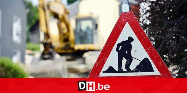 travaux route chantier routier commune voirie egouts canalisation circulation bus tec transport asphalt