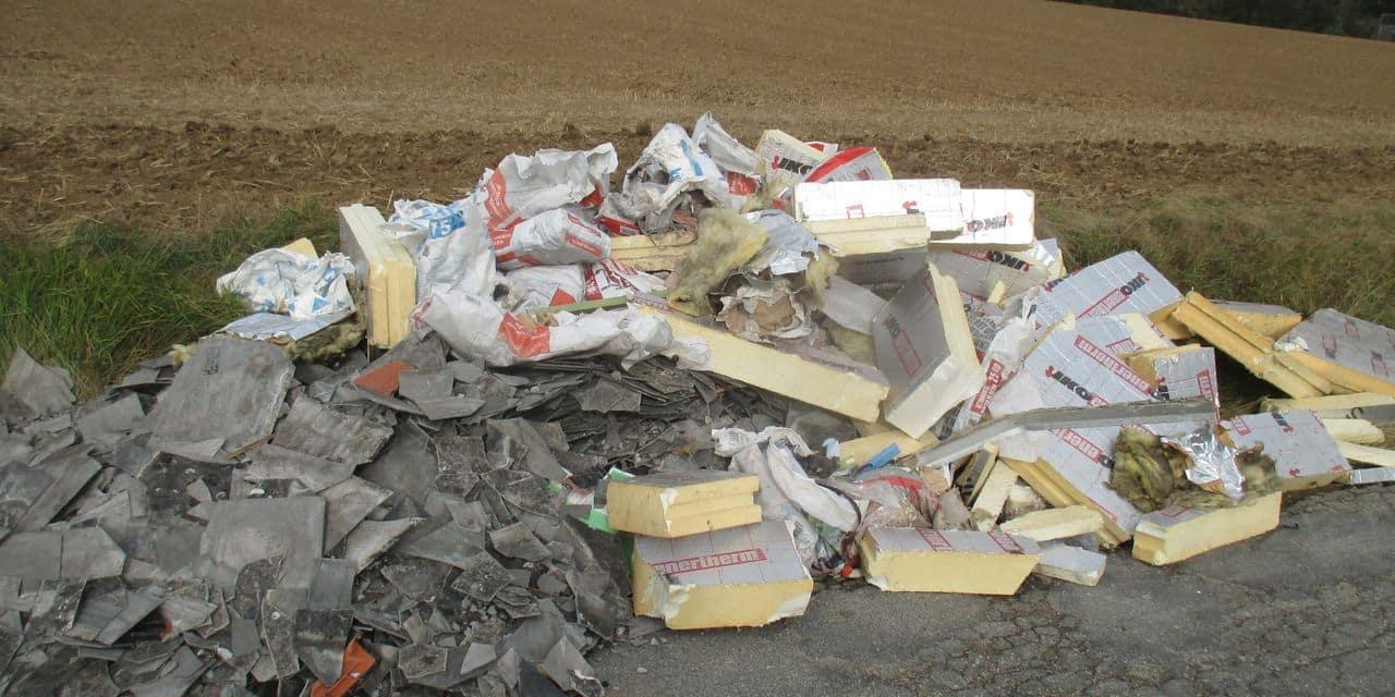 La ville de Namur enquête sur un triple dépôt sauvage de déchets de chantier