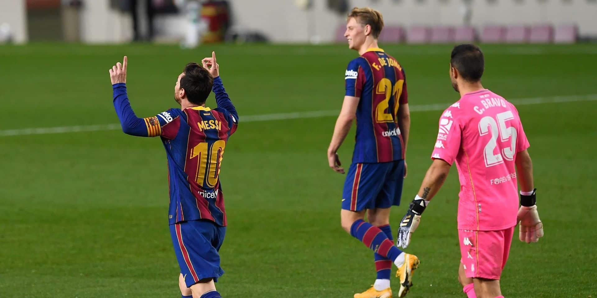Faux assist génial et doublé décisif: la folle montée au jeu de Lionel Messi contre le Betis (VIDEOS)
