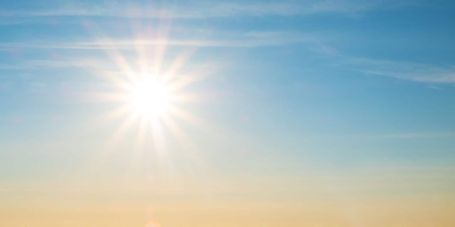 """""""Il ne faut pas enterrer l'été 2021 trop vite"""" : les vrais beaux jours sont en embuscade et pourraient débuter dans 10 jours"""