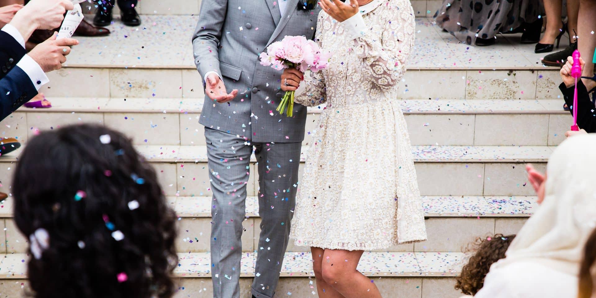 Avis aux fiancés : les mariages chers ne dureraient pas