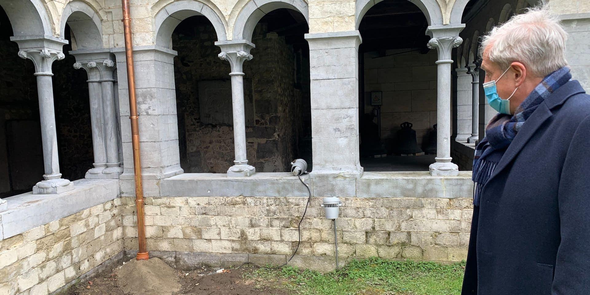 Des travaux en plus pour 9.671 euros dans le cloître à Nivelles