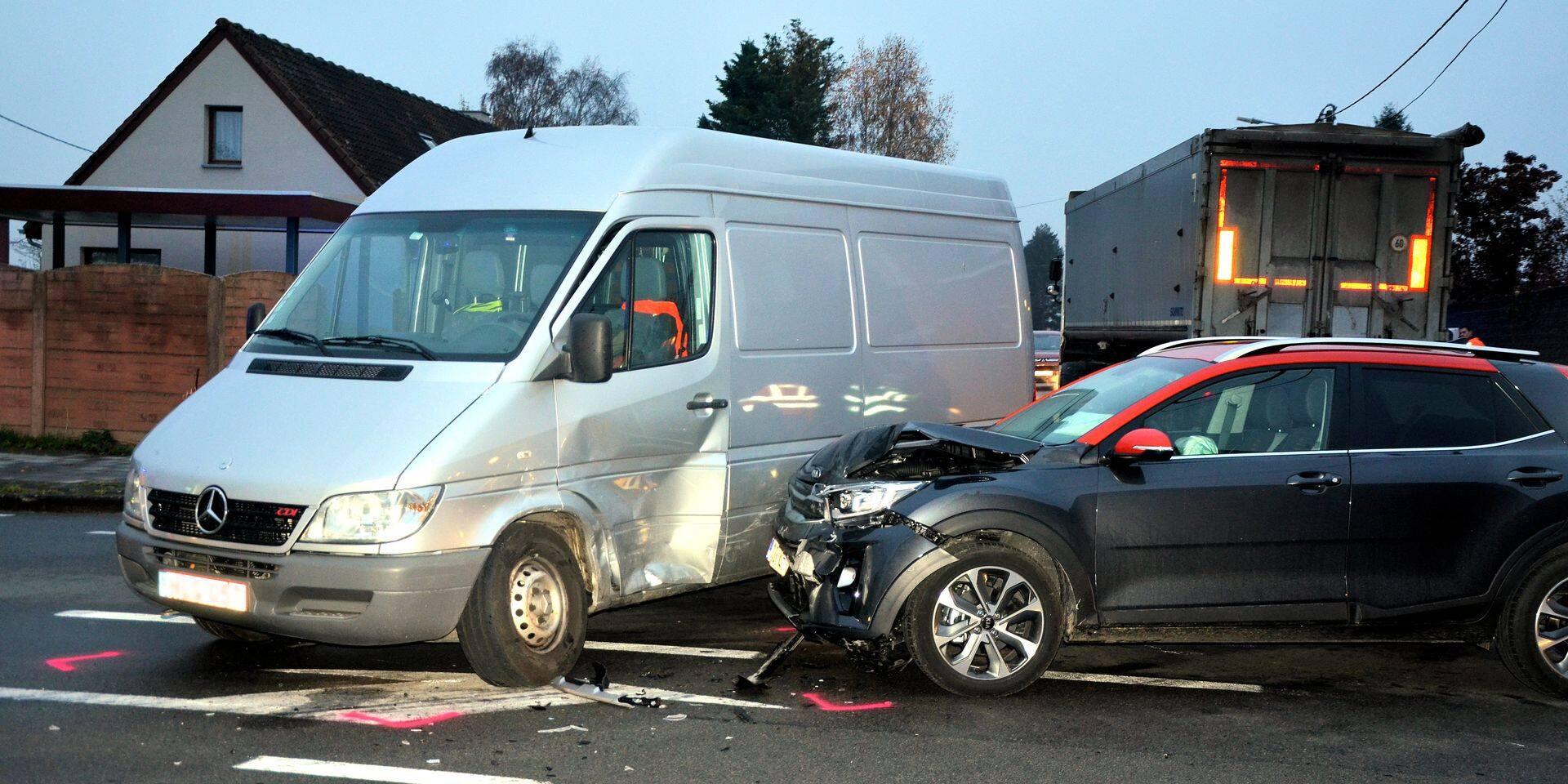 Maffle : Un blessé dans une collision