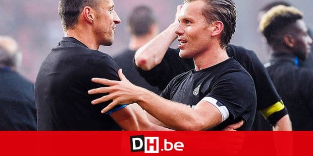 Club's Timmy Simons and Club's Ruud Vormer celebrate after winning the Jupiler Pro League match between Standard de Liege and Club Brugge, in Liege, Sunday 13 May 2018, on day nine (out of ten) of the Play-Off 1 of the Belgian soccer championship. BELGA PHOTO LAURIE DIEFFEMBACQ