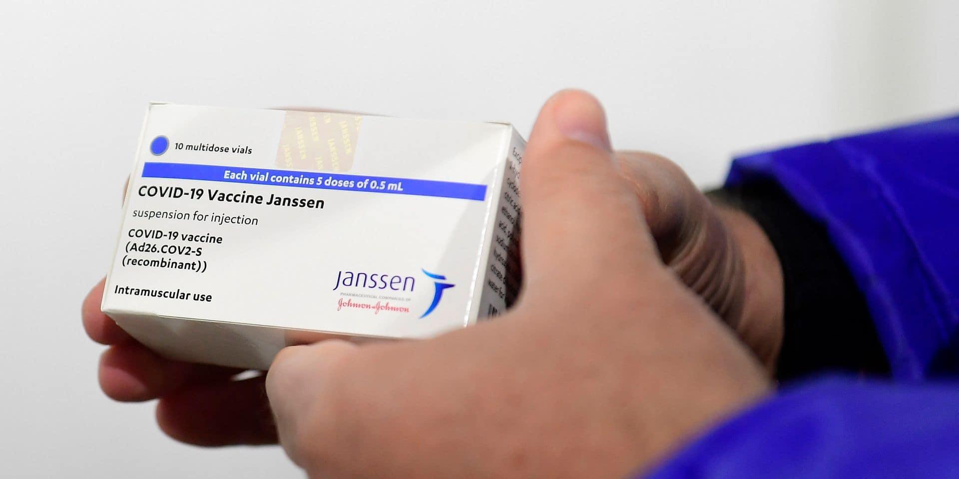 Un possible lien entre le vaccin Johnson & Johnson et de très rares cas de caillots sanguins? L'EMA a rendu son avis
