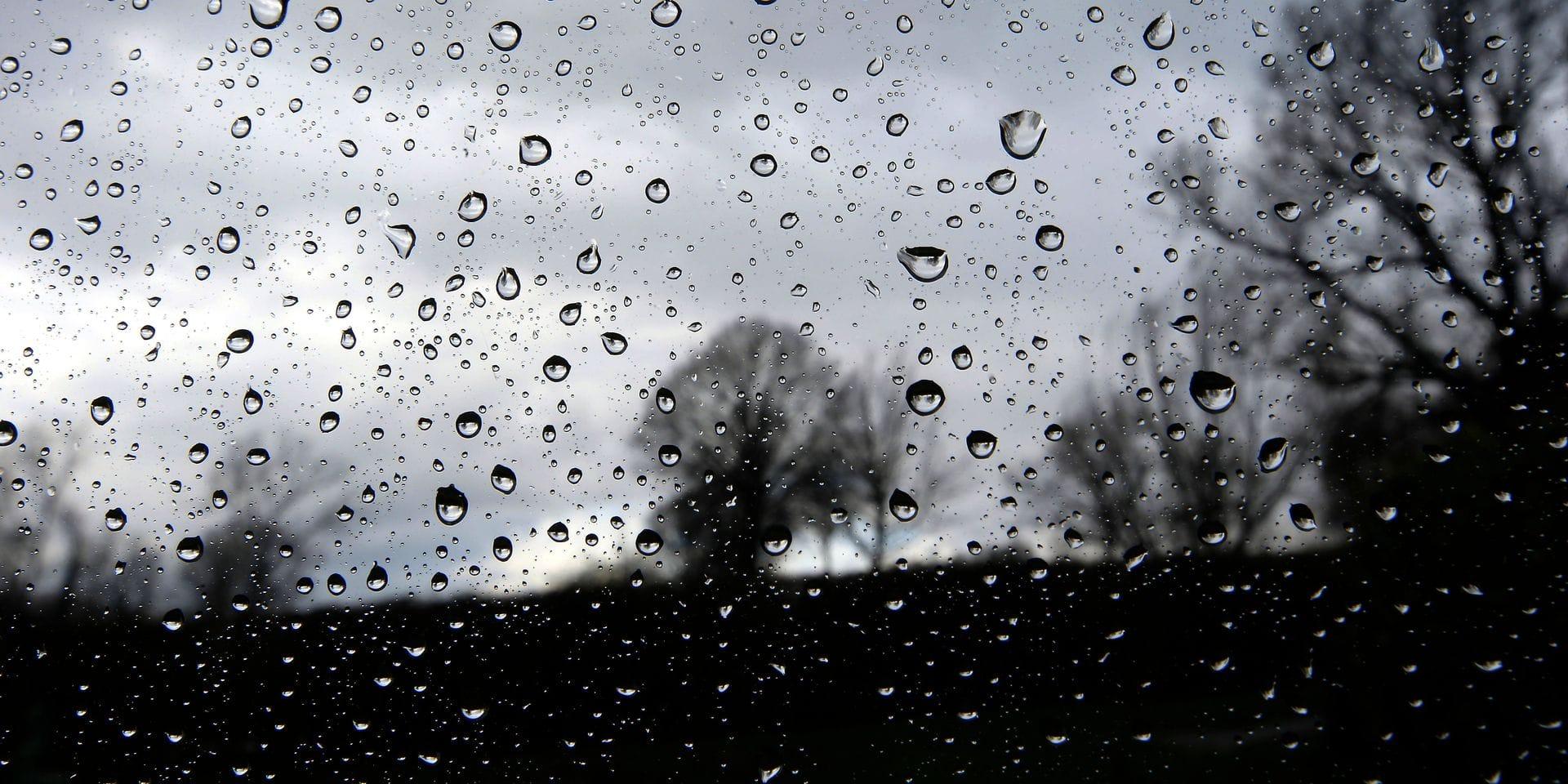 Averses, orages et grêle: l'IRM lance un avertissement jaune